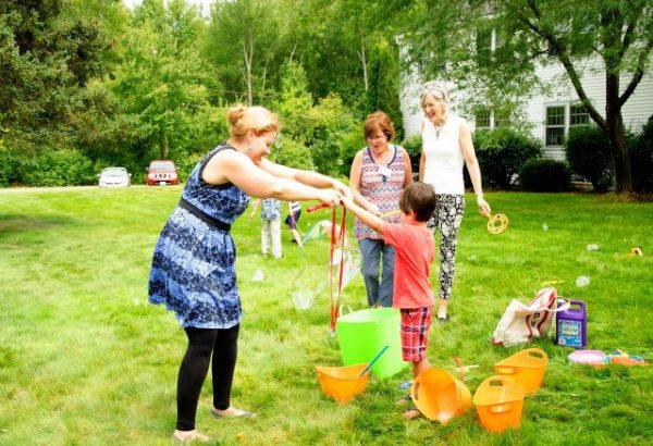 Photo: Making BIG bubbles!